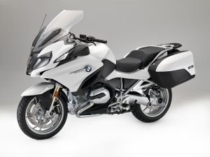 P90223377_highRes_bmw-r-1200-rt-alpine